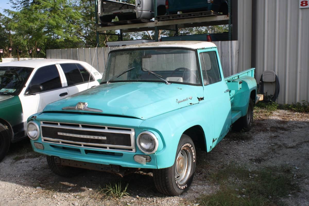 Daily Turismo: Classic Pickup: 1962 International Harvester C112