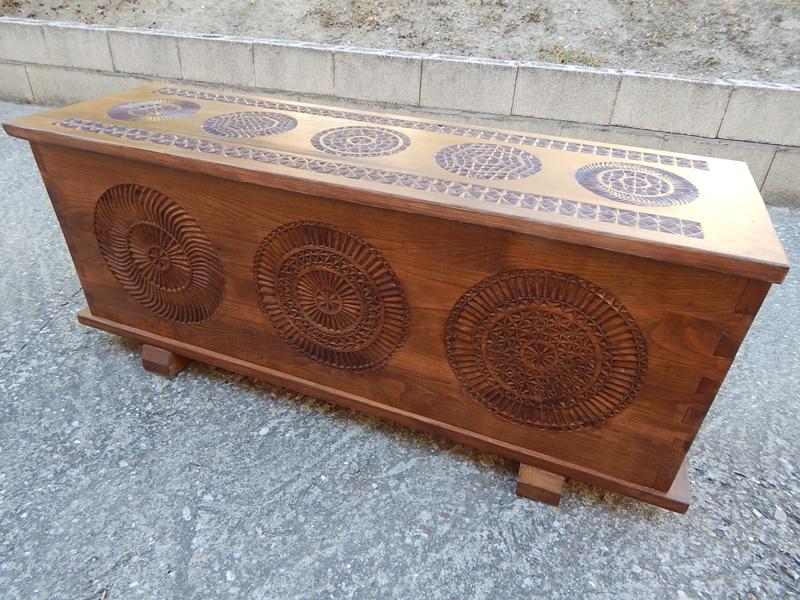 Bal de madera una pieza que ana talla y tradicin