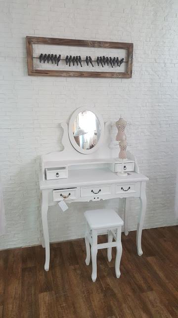 הגלריה המקסיקנית המקום לעיצוב הבית - שולחן איפור
