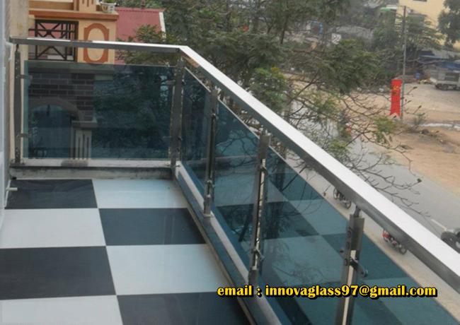 Railing Kaca Balkon