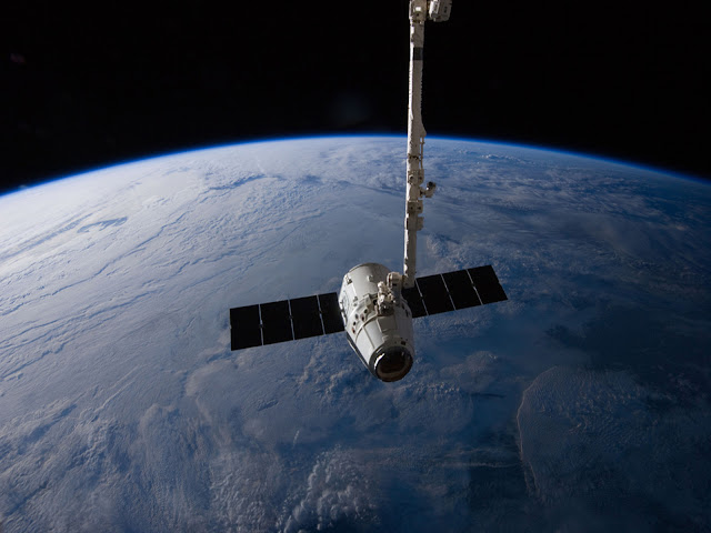 Earth and Dragon spacecraft