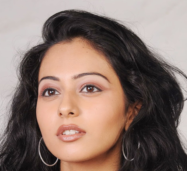 Tollywood Actress Rakul Preet Singh Hot Face Close Up Photo Shoot Stills