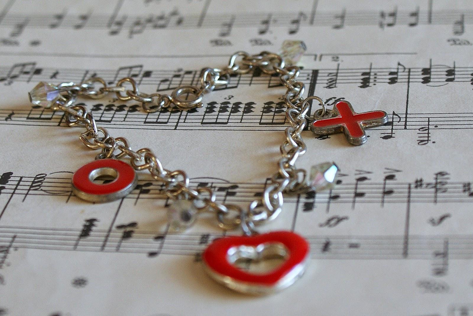 retro Valentine charm bracelet