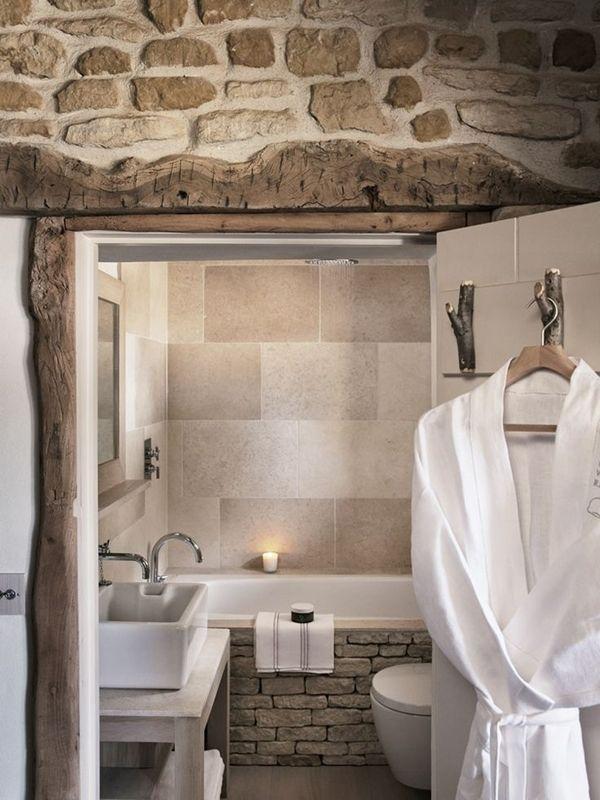 Baño en piedra - Colores en Casa