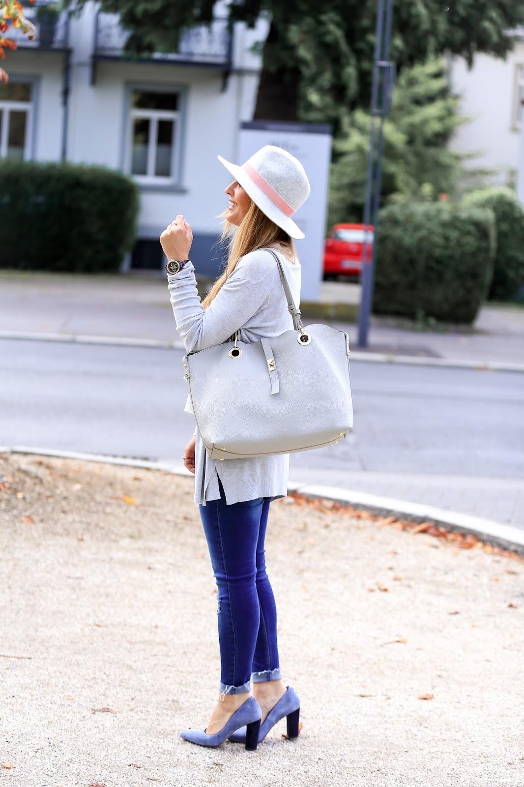 wie-trägt-,man--strickjacken-Wie-trage-ich-einen - grauen-fedora-hut-richtig-kombinieren-bloggerstyle-fashionstylebyjohanna-blogger-aus-deutschland1