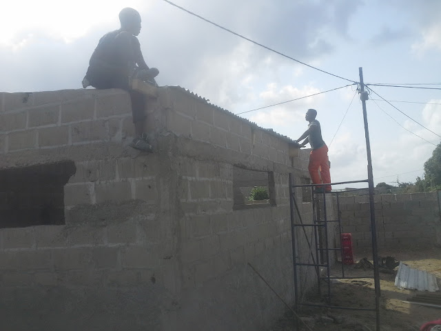 Eternal Love Church em Mozambique-Building the Church