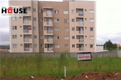 Terreno em Pinhais com 720m² liberado para construção com taxa de ocupação de 50%, situado na avenida principal de Pinhais