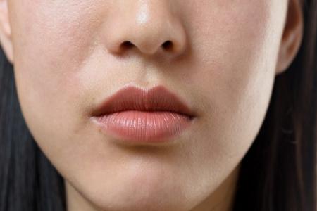 10 Cara Mengecilkan Pori-pori Wajah Dengan Cepat, Alami dan Permanen