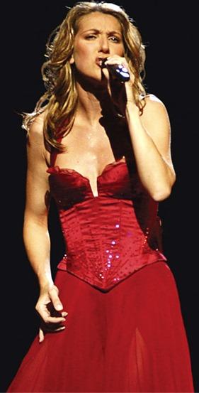 Foto de Céline Dion cantando en el escenario