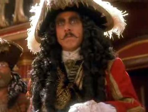 El Capitán Garfio (Dustin Hoffman) en Hook, el Capitán Garfio - Cine de Escritor