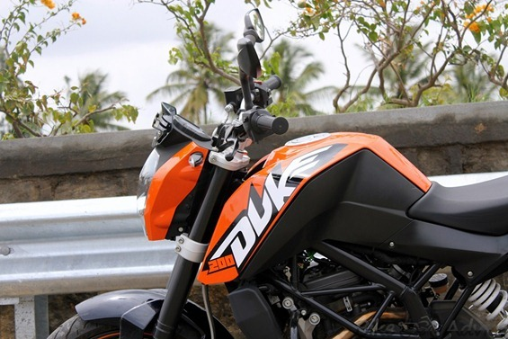 KTM 200 Duke hd pics