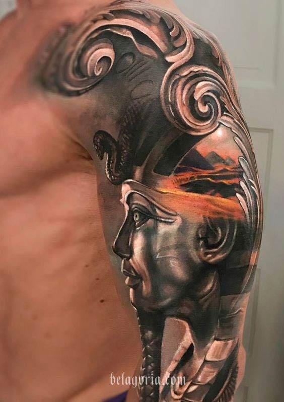 una foto de tatuaje artistico, uno de los mejores tatuajes del mundo