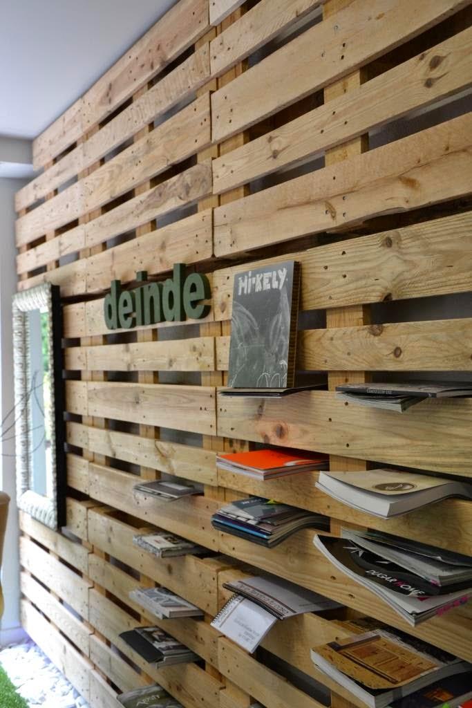 Mi kely reciclaje de palets una pared de madera y algo - Madera para paredes ...