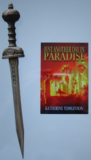 Portada del libro Just Another Day in Paradise, de Katherine Tomlinson