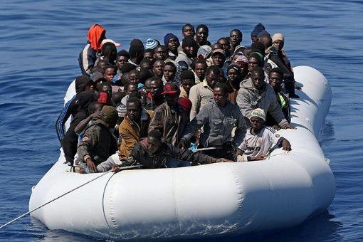 Más de 5 mil inmigrantes fueron rescatados en el Mediterráneo