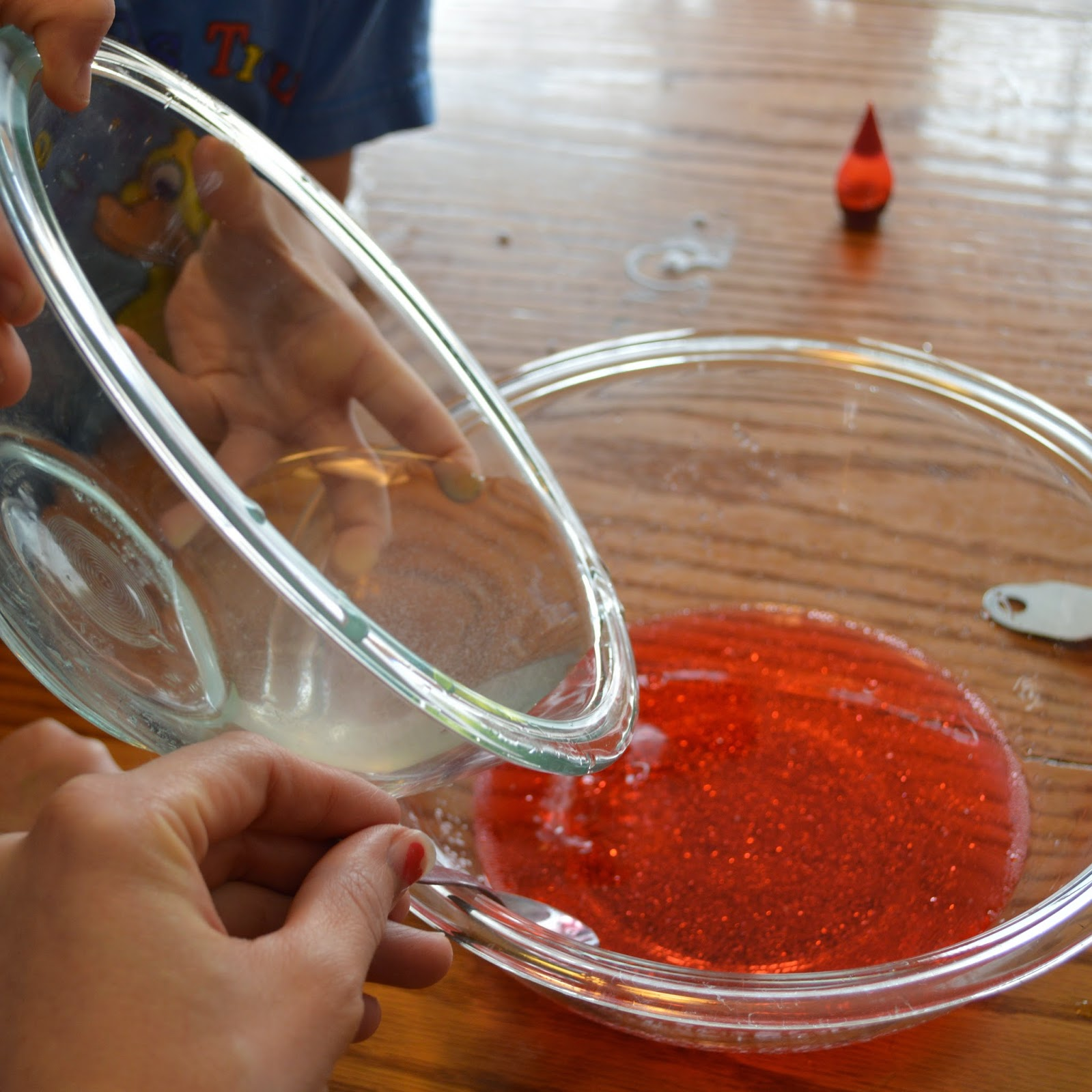 Make your own Flubber @ whatilivefor.net