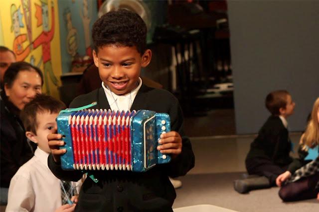 A música como ferramenta indispensável no processo educacional