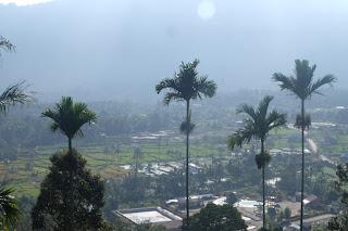 view dari puncak pinang awan