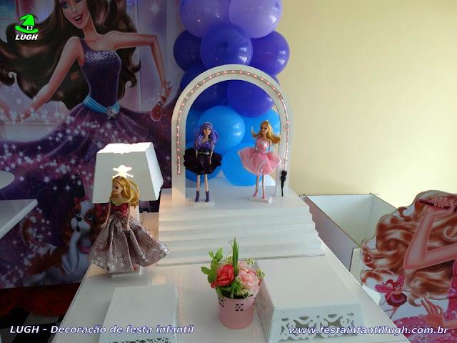 Mesa decorada provençal tema Barbie Pop Star