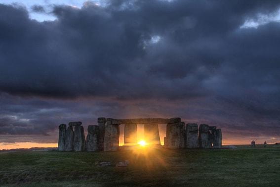 Atardecer en Stonehenge. 5 atardeceres inolvidables