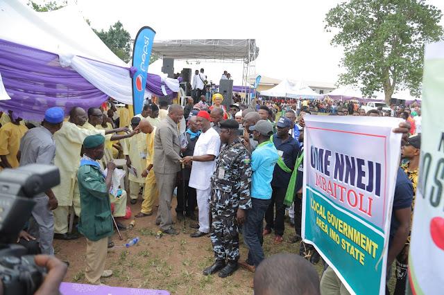 Engr Chucks Ololo buries mother Ezinne Eunice Ololo in grand style (Photos)