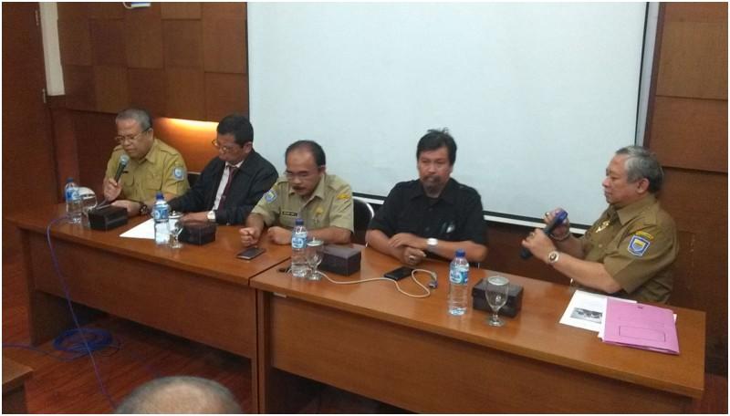 Jumpa pers di SMAN 4 Bandung soal kasus Dvijatma Puspita Rahmani