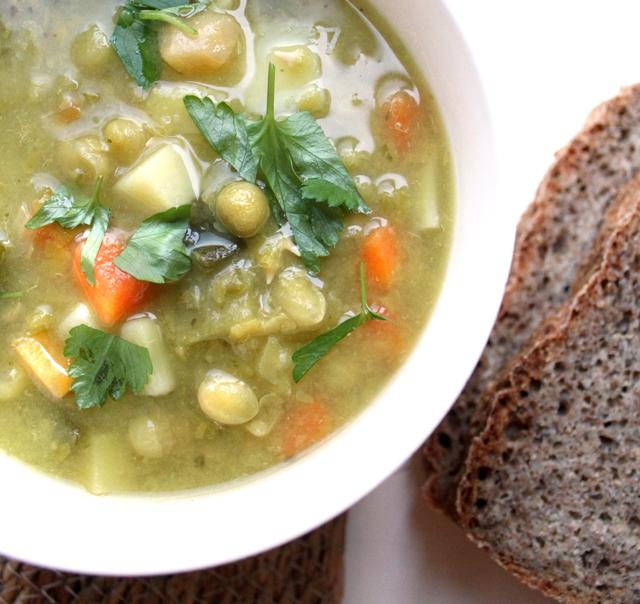 Oppskrift Hjemmelaget Ertesuppe Grønne Erter Hvordan Bløtlegge Vegansk Tradisjonsmat Norsk Middag