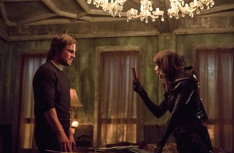 Talia Al Ghul salva a Oliver