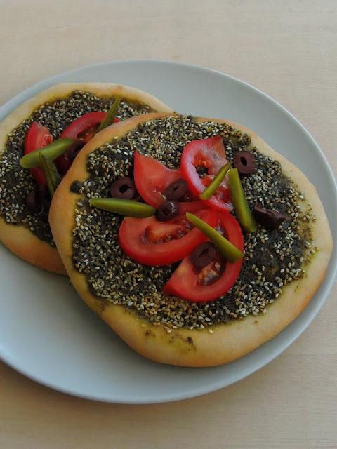Zaatar Manoosheh, Zaatar Pizza