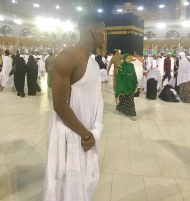 Paul Pogba, world's most expensive footballer, visits Mecca