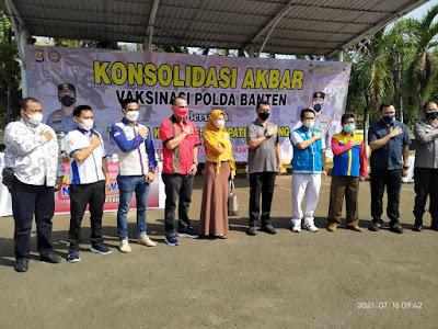 Lawan Covid, Polda Banten Bersama Buruh Gelar Vaksinasi Klas Pekerja