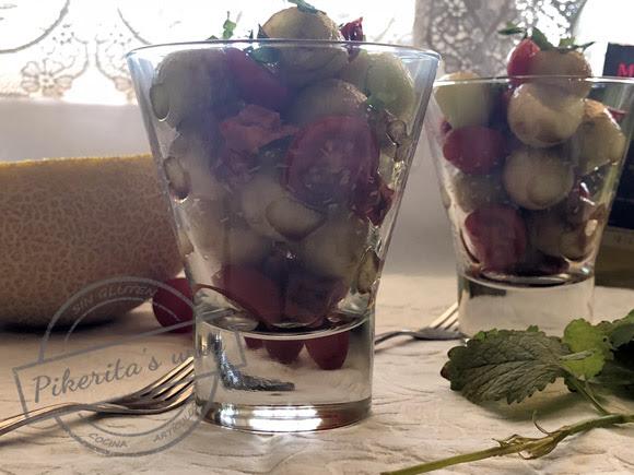 Ensalada de melón, cherrys y chorizo