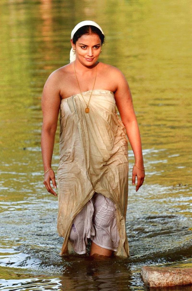 Indian Actress Bath At Jungle River  Actress And Girls -9065