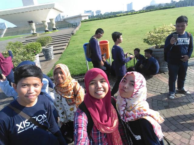 Menjajal Kamera Andromax R di Puncak Monumen Nasional (Monas) Jakarta