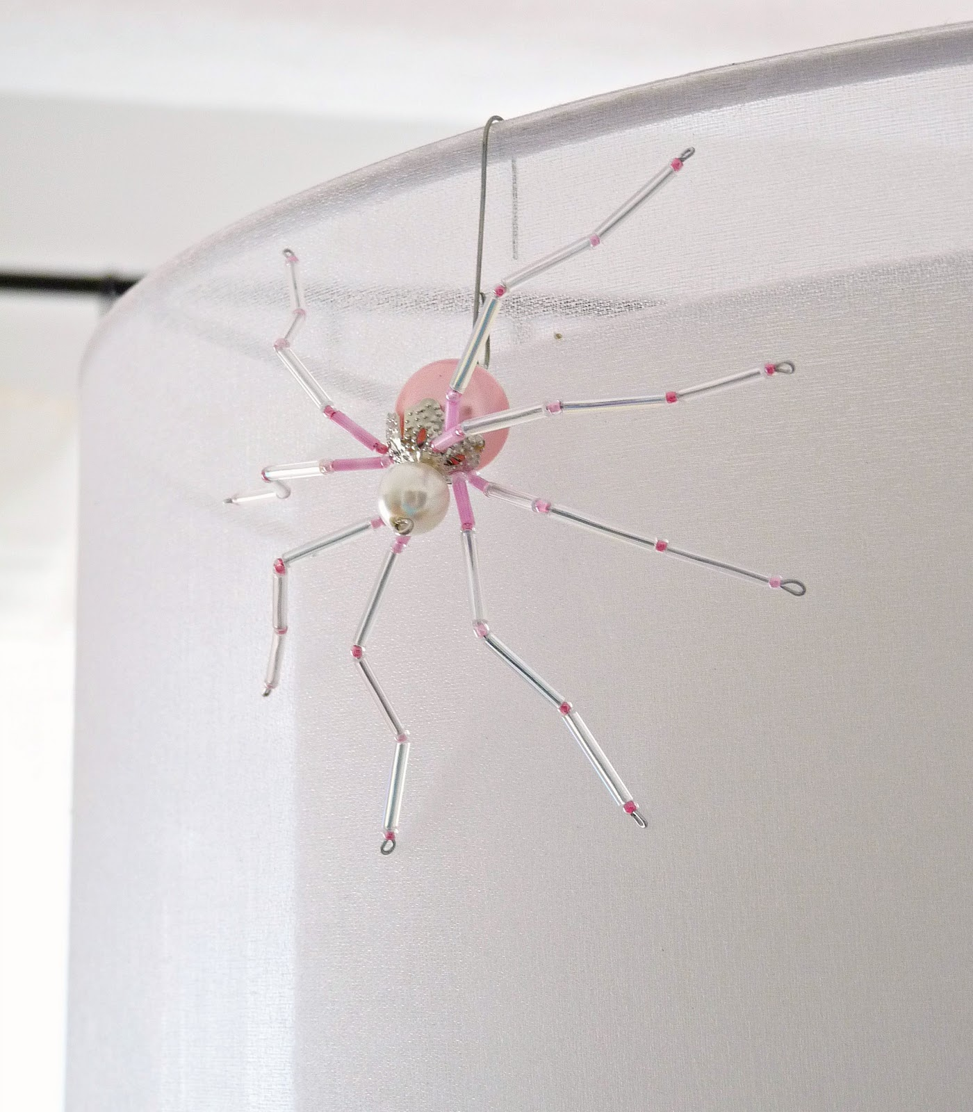 DIY beaded christmas spider tutorial
