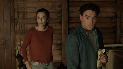 The Cleanse Anna Friel and Johnny Galecki Image 3