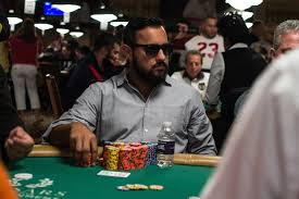 Mencari Chip Zynga Poker Facebook Murah
