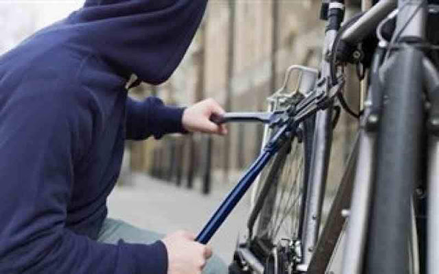 Πήγαν για διάρρηξη με... κλεμμένα ποδήλατα