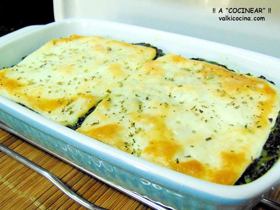 Pastel de puré de patatas y espinacas a la crema