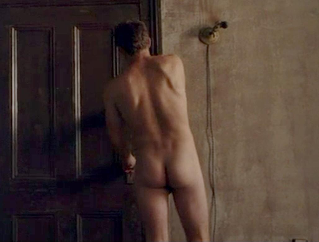 garrett hedlund naked