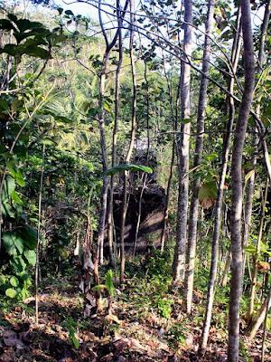 Kondisi jembatan Cimandala tersisa hanya pondasi