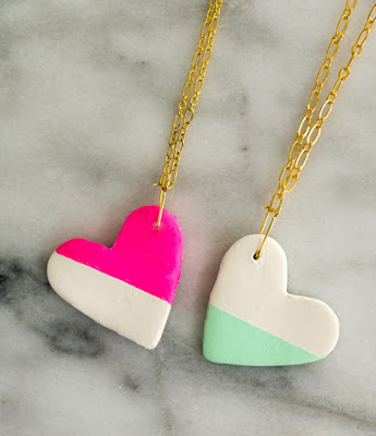 http://www.akailochiclife.com/2016/01/craft-it-bff-colorblocked-heart.html