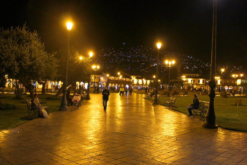 Cusco at night, Peru travel blog
