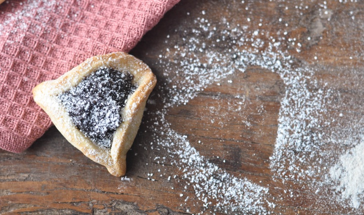delicious Hamentashn with Poppy Seed and Honey Filling, a gluten free treat for Purim