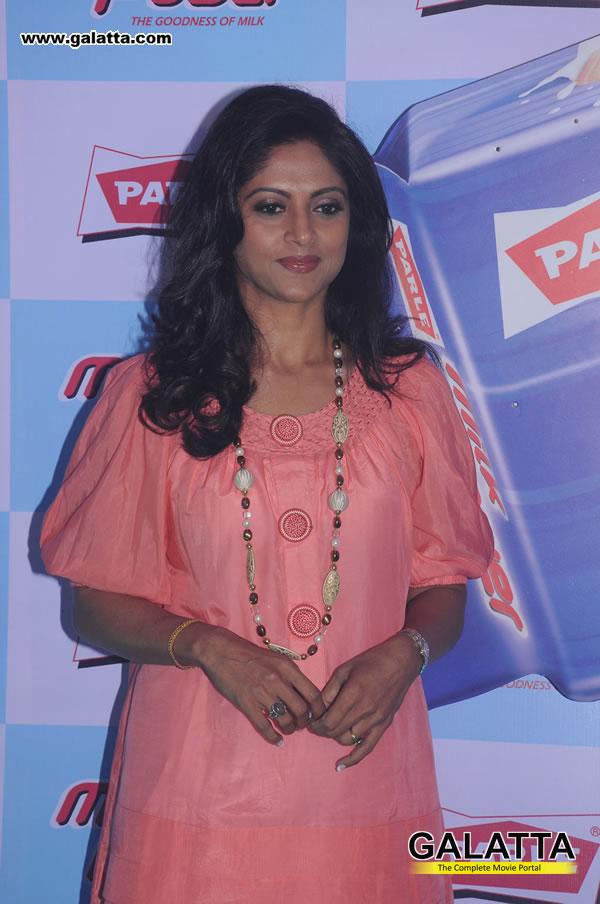 cute photos: Nadhiya at Parle Milk Power Launch photos