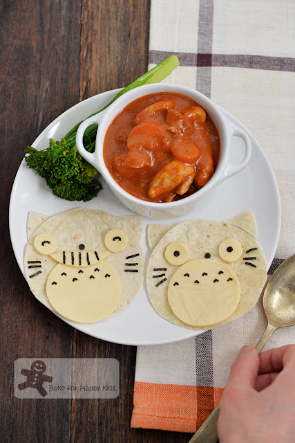 Totoro chapati Indian butter chicken