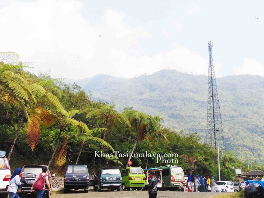 [PHOTO] Menikmati Indahnya Puncak Kawah Gunung Galunggung Tasikmalaya