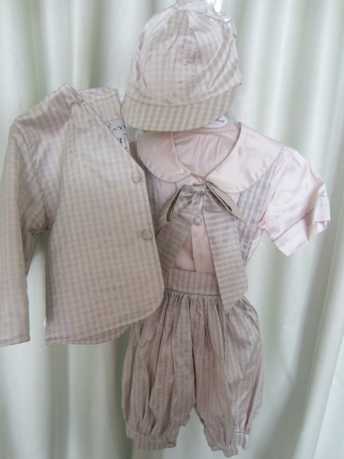 fcd8b35fdaa Ολομέταξωτη φουφούλα, πουκάμισο σακάκι, καπέλο για νεογέννητα. Τιμή: 60  ευρώ.