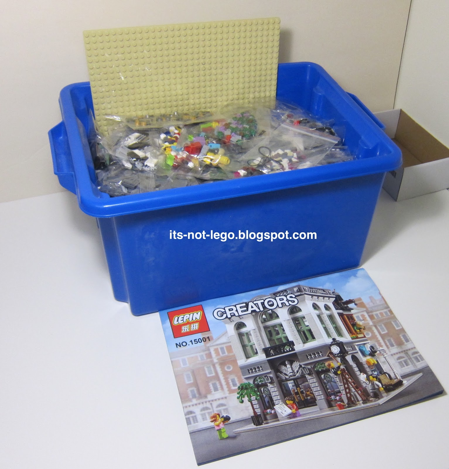 Hi All Im Back With Another Alternate Lego Set Review Today Ill Look At The Lepin 15001 Brick Bank Modular Building Set Unlike My Other Lepin Modular