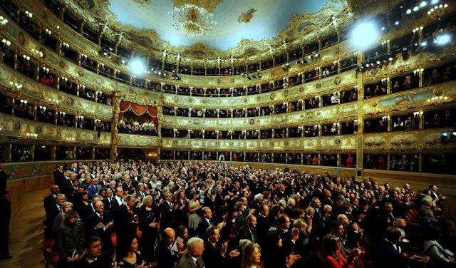 Informações sobre o Teatro La Fenice em Veneza